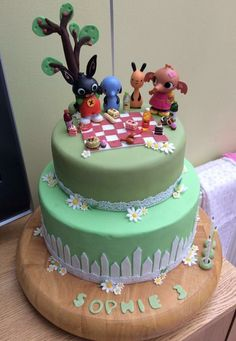 Bing Cake, Birthday Ideas, Birthday Cake, Cake Designs, Cake Ideas, 3, Bunnies, Fondant, Food