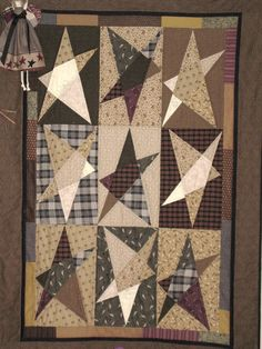 Primitive Star Quilt Buggy Barn pattern - a favorite for years. Primitive Quilts, Primitive Kunst, Primitive Stars, Antique Quilts, Star Quilt Blocks, Star Quilt Patterns, Star Quilts, Scrappy Quilts, Mini Quilts