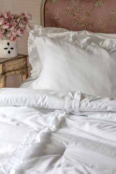 White Cottage, Shabby Cottage, Shabby Chic, White Ruffle Comforter, Comforters, Sweet Home, Romantic, Bedroom, Scandinavian