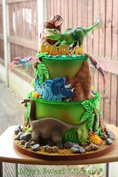 Dinosaurs world - Cake by Lidiya's Sweet Kitchen - CakesDecor Dinosaur Cake Festa Jurassic Park, Dino Cake, T Rex Cake, Dinosaur Birthday Cakes, Dinosaur Cakes For Boys, The Good Dinosaur, 4th Birthday Parties, 3rd Birthday, Birthday Ideas