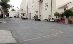 """Take a look """"Behing The Scene At A Major #Studio"""" and experience a private tour of Warner Bros. #LA #cinema #VIP #movie #Hollywood #PenAcademy"""