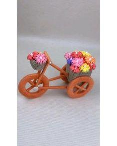 Diy Crafts For Girls, Diy Crafts For Home Decor, Creative Arts And Crafts, Diy Crafts Hacks, Diy Crafts To Sell, Cool Paper Crafts, Paper Crafts Origami, Craft Stick Crafts, Fun Crafts