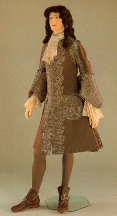 Embroidered coat from 1720.  [This is dated a bit beyond the stated era, but the coat is typical of the 1700-1715 period]