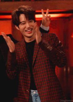 - jonginssoo: jongin behind the scenes of 'miracle. Asian Men Long Hair, Exo News, Exo 2014, Kai Exo, Exo Songs, Dancing King, Gumiho, Kim Jongin, Behind The Scenes