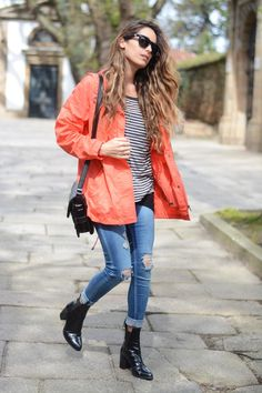 Stella Wants To Die Wearing Parka From Naf Naf, Distressed Jeans And Bag From Stradivarius Street Style April 1st, 2014