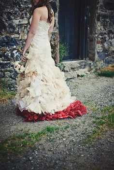 The Most Amazing (Colorful} Wedding Dresses!