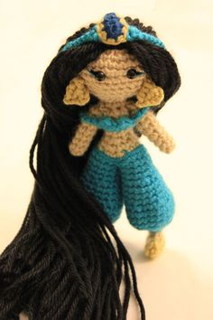Princess of the desert amigurumi pattern by Sahrit
