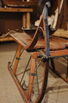 Sleigh Coffee Table - Eagle Head Albany Cutter Sleigh