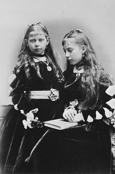 Princess Charlotte and Princess Victoria of Prussia, 1874 [in Portraits of Royal Children Vol.18 1873-74] | Royal Collection Trust
