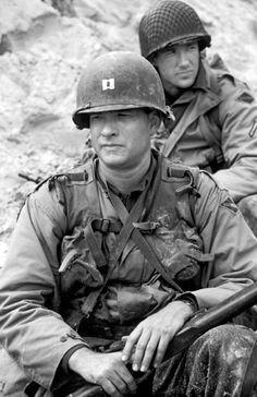Tom Hanks and Ed Burns in Saving Private Ryan Forrest Gump, Edward Burns, Tom Hanks Movies, Super 8, Denis Villeneuve, I Love Cinema, War Film, Band Of Brothers, Film Serie
