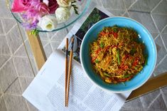 Easy Singapore Noodles - The Cardiff Cwtch Rice Noodle Recipes, Welsh Recipes, Chicken Balls, Chinese Takeaway, Bacon Fries, Madras Curry, Rice Noodles, Curry Powder