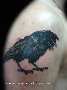Tatuaje cuervo, Pupa Tattoo, Granada