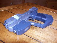 Tactonyx Studios: Halo M6H pistol