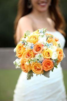 Wedding Colors: Peach + Orange | Wedding Bouquet | On SMP |  I M FOTOGRAPHY