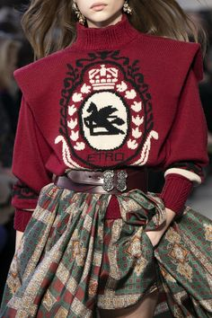 Etro at Milan Fashion Week Fall 2019 – fashion fail Fashion Fail, High Fashion, Fashion Looks, Fashion Trends, Fashion Fashion, Fashion Ideas, Fashion Tips, Couture Fashion, Runway Fashion