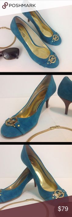 Michael Kors Blue/ Teal Pumps Sz 8 Michael Kors Blue/ Teal Pumps Sz 8, pre owned ore lived, very gently used exactly twice! Coach Shoes Heels