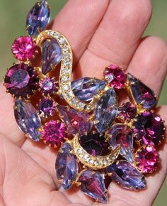 Gorgeous unsigned Eisenberg Givre amethyst Rhinestone brooch
