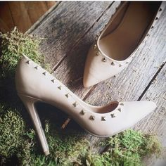 """Nude Stud Pumps Nude heels with gold studs surrounding the opening with a pointed toe finish. Minor wear to the bottom and heel as pictured. Heel height 5"""" JustFab Shoes Heels"""