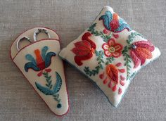 Tulips pincushion and scissor keep by needlenotes, via Flickr