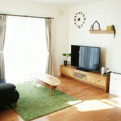 yunohaさんの、リビング,無印良品,ニトリ,テレビ周り,テレビボード,ウンベラータ,芝生ラグ,シンプルナチュラル,グリーンのある暮らし,すっきり暮らしたい,こどもと暮らす。,のお部屋写真 Tv Rack Design, Natural Interior, Architecture Design, House Design, Interior Design, Simple, Room, Green, Home