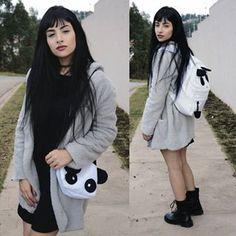Acabei de postar esse look amorzinho usando peças (coturno, casaco, bolsas) da @sammydressclothing lá no meu blog 💗 link na bio 📸@thebrunops