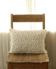 Ravelry: The Pillow of Sei Shonagon pattern by Larissa Brown