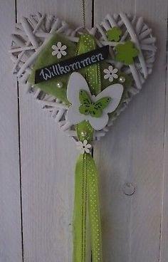 Türkranz, Türschmuck, Fensterdeko, Willkommen, Herz, Frühling, Sommer, grün-weiß