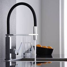 Design Keukenmengkraan met flexibele uitloop - Zwart /Chroom - Image 1