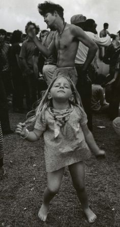 I love this photo! What a cool little girl already embracing the boho, not knowing she would be making Woodstock history!