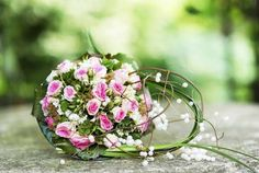Bridal bouquet with pink roses - Image Broker/Rex Features