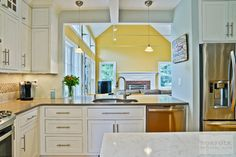Sending our thanks to Norfolk Kitchen & Bath today! They designed this inset Showplace in Pendleton Soft Cream. Your hard work is greatly appreciated!  Learn more about Norfolk Kitchen & Bath: http://norfolkkitchenandbath.com/ Learn more about the versatile palette of Showplace painted finishes: http://www.showplacewood.com/ProdGuide1/PGantq/PGantq.html