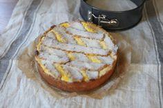 Tvarohovo - makový mriežkový koláč Lchf, Camembert Cheese, Dairy, Xmas, Bread, Fit, Basket, Shape, Christmas