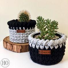 My Crochet Dream Crochet Decoration, Crochet Home Decor, Diy Crochet, Crochet Quilt, Yarn Projects, Crochet Projects, Crochet Planter Cover, Knitting Patterns, Crochet Patterns