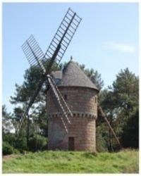 Un port naturel et des moulins
