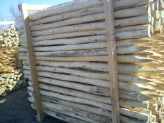 akác cölöpök Texture, Wood, Crafts, Surface Finish, Manualidades, Woodwind Instrument, Timber Wood, Trees, Handmade Crafts