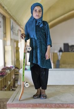 The Saatchi also has a wonderful photo exhibition on Pakistanese teenage girls who love skateboarding. >> More info: http://www.saatchigallery.com/current/skate_girls_of_kabul.php