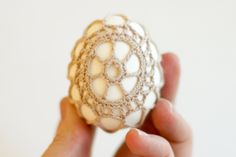 Crochet-Covered Easter Eggs –a DIY tutorial - Flax & Twine...use the free pattern for rocks!