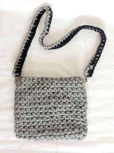 Ruční výrobky - tašky a kabelky : Kabelka Nekomplikovaná
