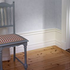 Panel Royal Antique Vit Paket - Väggpaneler - Väggbeklädnad - Bygghemma.se Floor Ceiling, Board And Batten, Scandi Style, Baseboards, Entryway Tables, Foyer, Home Projects, Dining Bench, Flooring