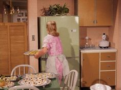 Samantha's 1960s kitchen with avocado refrigerator on Bewitched, this is how I do partys just cuz I grew up watching Bewitched.