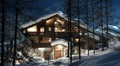 Image result for european ski chalet + Stone exterior Chalet Design, Chalet Style, Ski Chalet, Alpine House, Stone Exterior, Skiing, Cabin, Mansions, Luxury