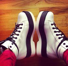 Tus zapatos@tini stoessel