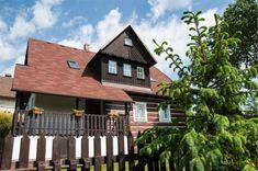 Chalupa nad Popelkou – Nová Ves nad Popelkou Cabin, House Styles, Decor, Decoration, Cabins, Cottage, Decorating, Wooden Houses, Deco