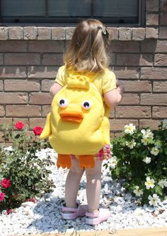 Ducky Momo backpack, inspired by Phineas and Ferb. At least she has an awesome backpack. Pink Gingham, Gingham Check, Baby Girl Birthday, Birthday Ideas, Ducky Momo, Disney Purse, Mail Boxes, Phineas And Ferb, April Fools