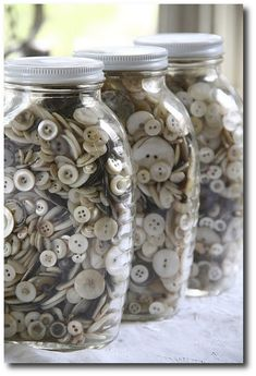 I love old buttons. My Mother had a jar of buttons, we would dump them out and play with them! Button Art, Button Crafts, Shabby Vintage, Vintage Sewing, Vintage Jars, Glass Jars, Mason Jars, Sewing Notions, Vintage Buttons