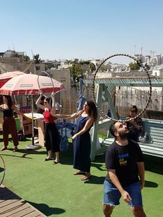 A sunny day on our chilled out rooftop with old and new clothes, hand made jewlery and handbags, amazing music, delicious hummus, cold beers and great people!