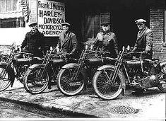 109 anni fa viene fondata a Milwaukee la Harley-Davidson, una leggenda nel mondo dei centauri