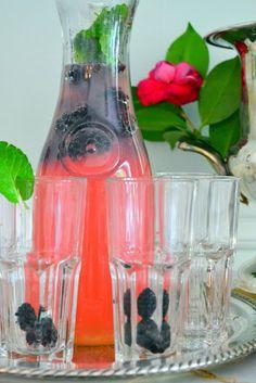Blackberry Lemonade (with blackberry vodka)