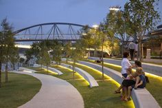 River Quay on South Bank in Parklands, Brisbane by Cardno s. & Arkhefiel… River Quay on South Bank in Parklands, Brisbane by Cardno s. Landscape Plans, Urban Landscape, Park Landscape, Design D'espace Public, Villa Architecture, Architecture Portfolio, Architecture Diagrams, Classical Architecture, Amphitheater Architecture