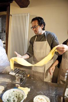 Pasta in progress! Chianti Wine, Italian Pasta, Ravioli, Cooking Classes, How To Cook Pasta